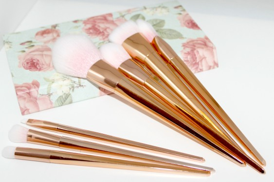 Rosegold Ebay Brushes 1.jpg